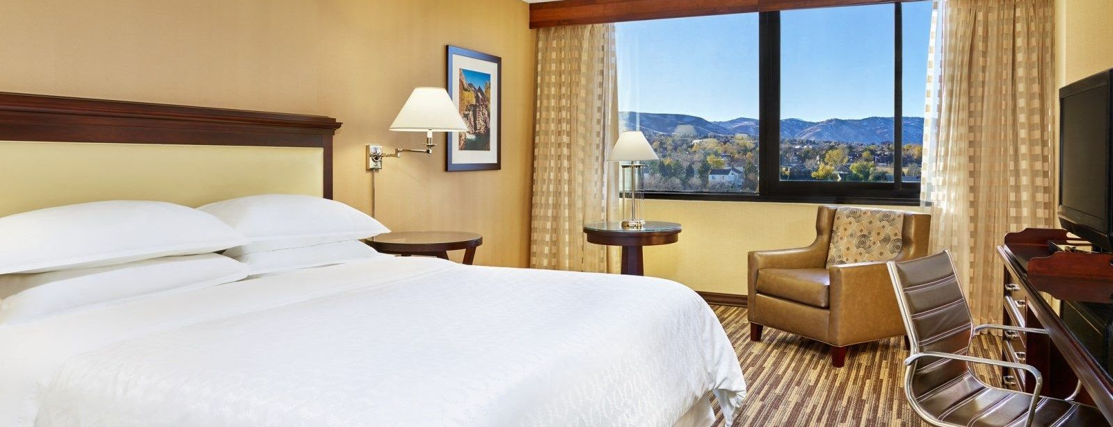 Standard King or Double Room | Sheraton Denver West Hotel